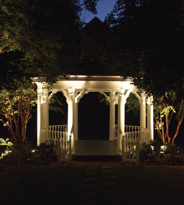 ultimate-garden-lighting-05.jpg