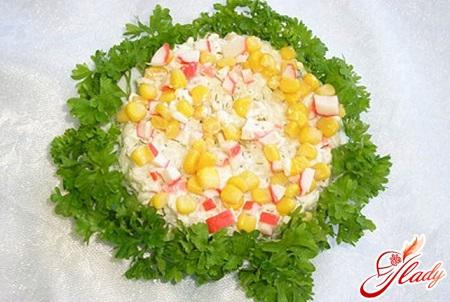 salat-iz-kalmarov-i-krabovyx-palochek-2.jpg