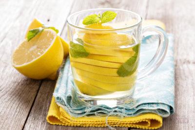 polza-limona-s-mineralnoi-vodoi-400x267.jpg