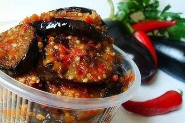 salat-iz-baklazhanov-na-zimu-2.jpg