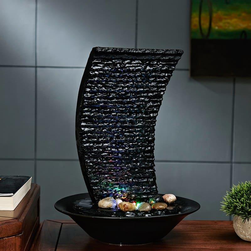 iskusstvennyj-dekorativnyj-fontan-dlja-doma.jpg