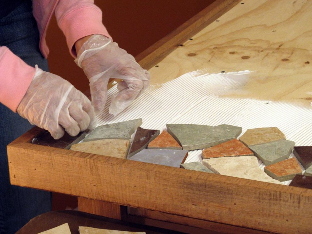 how-to-make-a-mosaic-table-tile-tabletop-d-i-y-step-3-top-for-outdoor-with-broken-dish-on-wood-sea-glass-pattern-1024x768.jpg