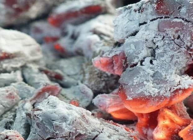 The-heat-from-red-oak-wood.jpg