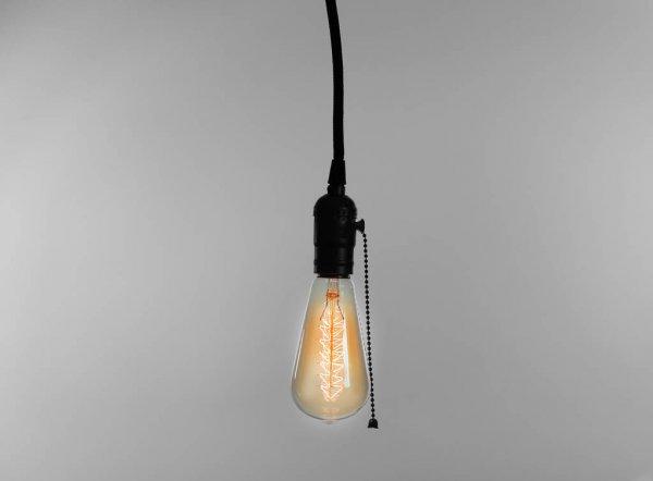 depositphotos_131596298-stock-photo-light-bulb-on-light-background.jpg