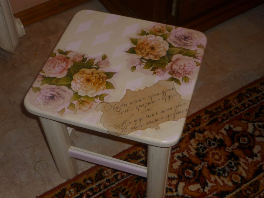 decoupage_of_furniture_with_their_own_hands_82.jpg