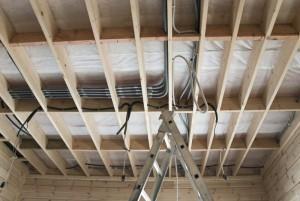 Проводка-на-потолке-300x201.jpg