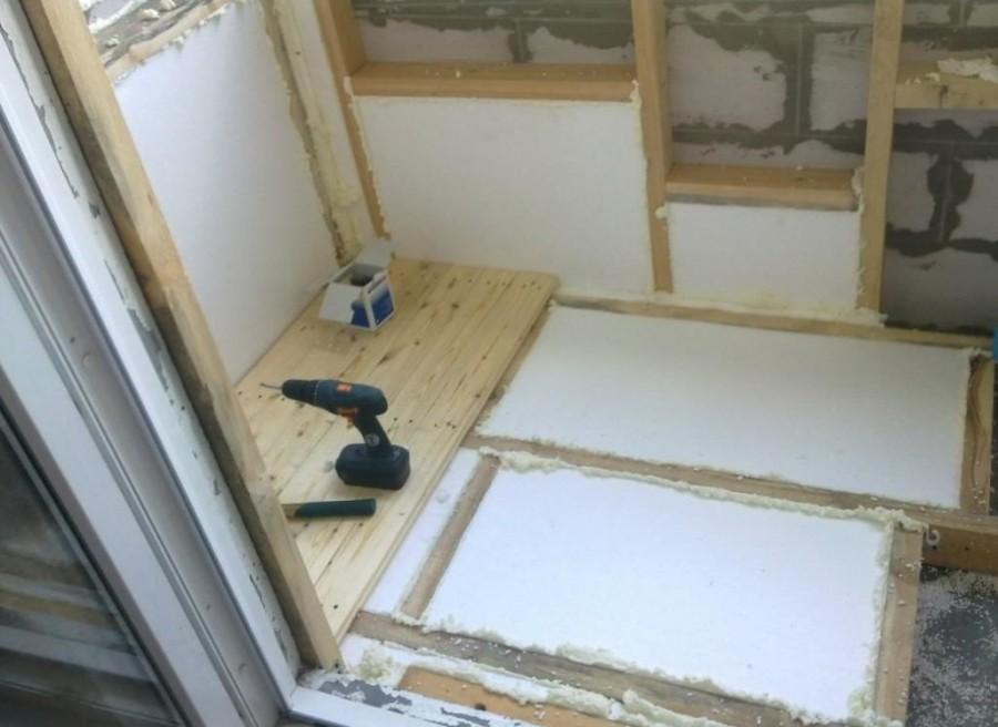 Uteplit-balkon-svoimi-rukami-81.jpg