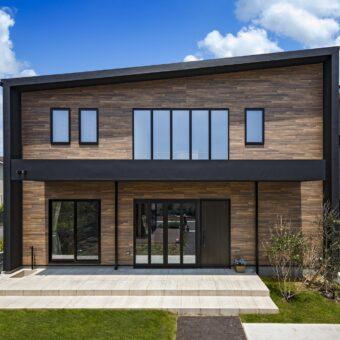 fasadnye-paneli-340x340.jpg
